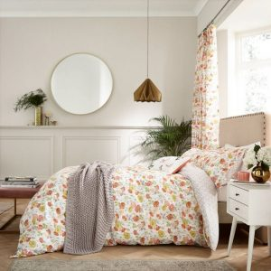 V & A Poppy Garden Bedding in Multi